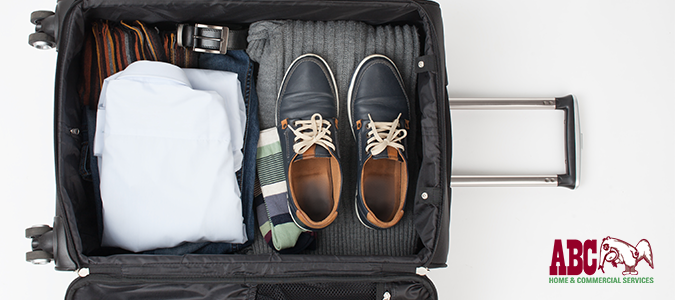 "6 Ways to Keep Pests from Traveling with You on Vacation"" /></a></p> <p><a href="