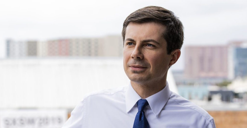 Buttigieg speaks to Dallas Dems